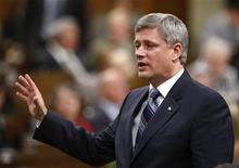 <p>Canada's Prime Minister Stephen Harper speaks during Question Period in the House of Commons on Parliament Hill in Ottawa September 29, 2009. REUTERS/Chris Wattie</p>
