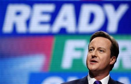 Conservative leader David Cameron delivers his keynote address, on the final day of the Conservative Party conference in Manchester, northern England, October 8, 2009. REUTERS/Andrew Winning