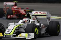 <p>Piloto da Brawn GP Rubens Barrichello durante treino livre para o GP Brasil de F1 em Interlagos REUTERS/Sergio Moraes</p>