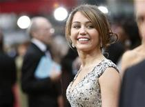 <p>Miley Cyrus arrives at the 81st Academy Awards in Hollywood, February 22, 2009. REUTERS/Mario Anzuoni</p>
