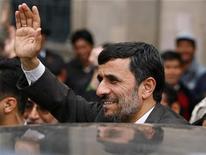 <p>Iran's President Mahmoud Ahmadinejad greets people outside the presidential palace in La Paz November 24, 2009. Ahmadinejad is on a one-day visit to Bolivia. REUTERS/Pilar Olivares</p>