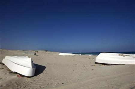 Somali sea gangs lure investors at pirate lair