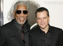 """<p>Actor Morgan Freeman (L) poses with actor Matt Damon at the Los Angeles premiere of director Clint Eastwood's film """"Invictus"""" in Beverly Hills, California December 3, 2009. REUTERS/Fred Prouser</p>"""