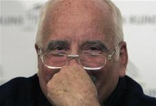 <p>U.S. Oscar-winning actor Richard Dreyfuss smiles during a news conference in Athens October 12, 2007. REUTERS/Yiorgos Karahalis</p>