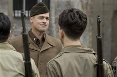 """<p>Brad Pitt em uma cena do filme """"Bastardos Inglórios"""". O drama e o musical """"Nine"""" lideraram as indicações ao 15o. Critic's Choice Movie Awards anunciadas na segunda-feira, 14 de dezembro de 2009, com 10 indicações cada. REUTERS/Francois Duhamel/TWC/Handout</p>"""