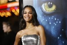 """<p>Cast member Zoe Saldana poses at the premiere of """"Avatar"""" at the Mann's Grauman Chinese theatre in Hollywood, California December 16, 2009. The movie opens in the U.S. on December 18. REUTERS/Mario Anzuoni</p>"""