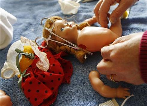 Operation: Save the dolls