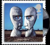 """<p>Cubierta del disco """"The Division Bell"""" de Pink Floyd en una imagen de un próximo sello postal británico. Clásicas carátulas de discos como """"Tubular Bells"""" de Mike Oldfield y """"Parklife"""" de Blur, además de mascotas adoptadas y la sociedad científica más antigua del mundo aparecerán en las estampillas de correo de Gran Bretaña en el 2010. REUTERS/Royal Mail/Handout</p>"""
