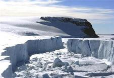 <p>A view of the remaining part of the Larsen B ice shelf that extends into the northwest part of the Weddell Sea is seen in this handout photo taken on March 4, 2008. REUTERS/Pedro Skvarca/IAA-DNA/Handout</p>