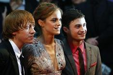 """<p>British actors Rupert Grint (L-R), Emma Watson and Daniel Radcliffe arrive for the world premiere of """"Harry Potter and the Half Blood Prince"""" at Leicester Square in London in this July 7, 2009 file photo. REUTERS/Luke MacGregor</p>"""