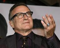 """<p>Actor Robin Williams, star of the new film """"Old Dogs"""", arrives at the film's premiere in Hollywood, California November 9, 2009. REUTERS/Fred Prouser</p>"""