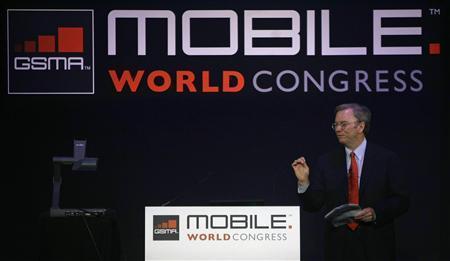 Google CEO Eric Schmidt speaks at the Mobile World Congress in Barcelona February 16, 2010. REUTERS/Albert Gea