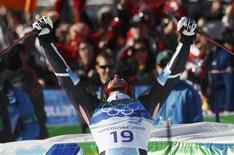 <p>Norway's Aksel Lund Svindal reacts after competing in the men's Alpine Skiing Super-G race at the Vancouver 2010 Winter Olympics in Whistler, British Columbia, February 19, 2010. REUTERS/Leonhard Foeger</p>