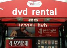 <p>A Redbox automated DVD rental kiosk is seen in Golden, Colorado September 16, 2009. REUTERS/Rick Wilking</p>