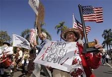 <p>Anita Dwyer participates in a rally and march in protest of higher taxes in Santa Barbara, California, in this April 4, 2009 file photo. REUTERS/Phil McCarten/Files</p>