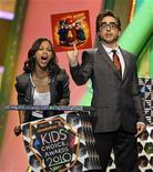 "<p>Actors Robert Downey Jr. and Zoe Saldana announce ""Alvin and the Chipmunks: The Squeakquel"" as winner of the Favorite Movie Award at the Nickelodeon Kids' Choice Awards in Los Angeles March 27, 2010. REUTERS/Mario Anzuoni</p>"
