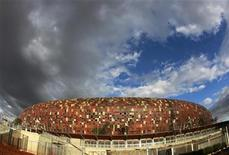 <p>A general view of the FNB stadium is seen in Soweto, South Africa, in the early hours of the morning April 20, 2010. REUTERS/Peter Andrews</p>