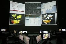 <p>Foto d'archivio. Centro internazionale contro le minacce informatiche a Cyberjava, Malesia. REUTERS/Bazuki Muhammad</p>