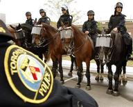 <p>Members of the Toronto Police Mounted Unit which will provide security during the upcoming G8 and G20 Summits in Ontario are shown during a Integrated Security Unit (ISU) technical briefing for media in Toronto June 3, 2010. REUTERS/ Mike Cassese</p>