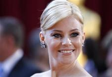 <p>Actress Elizabeth Banks arrives on the red carpet at the 82nd Academy Awards in Hollywood March 7, 2010. REUTERS/Lucas Jackson (UNITED STATES)</p>