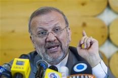 <p>Ministro de Relações Exteriores do Irã, Manouchehr Mottaki, fala em coletiva de imprensa em Teerã. Segundo ele, a eliminação de Inglaterra, França e EUA da Copa do Mundo foi uma recompensa merecida por maltratarem o Irã. 29/06/2010 REUTERS/Raheb Homavandi</p>