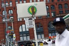<p>A substance is seen smeared on the sign of a BP gas station along Houston Street in New York, June 1, 2010. REUTERS/Shannon Stapleton</p>