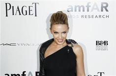 <p>Singer Kylie Minogue arrives to attend the amfAR Inspiration Gala in New York, June 3, 2010. REUTERS/Lucas Jackson</p>