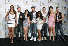 "<p>The cast of ""Jersey Shore"" pose together backstage at the 2010 MTV Movie Awards in Los Angeles June 6, 2010. REUTERS/Danny Moloshok</p>"