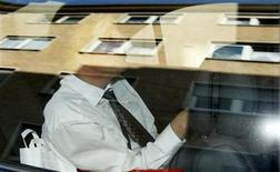 <p>Swiss meteorologist and TV weather host Joerg Kachelmann sits in his car as he leaves the district court in Mannheim, September 13, 2010. REUTERS/Alex Domanski</p>