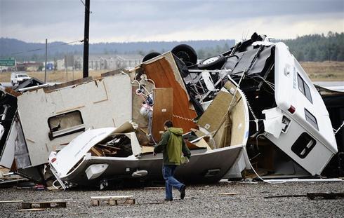 Tornadoes rip through Arizona
