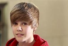 """<p>O cantor canadense Justin Bieber se apresenta no programa """"Today"""", da rede NBC, em Nova York, em junho. O ídolo teen vai lançar uma linha de esmaltes para unhas inspirados em seus maiores sucessos musicais. 04/06/2010 REUTERS/Brendan McDermid</p>"""