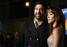 "<p>David Schwimmer and Zoe Buckman at the premiere of ""Run, Fatboy, Run"" in Los Angeles, March 24, 2008. REUTERS/Mario Anzuoni</p>"