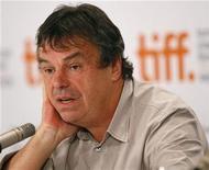 <p>El director irlandés Neil Jordan durante una conferencia en el Festival Internacional de Cine de Toronto, sep 15 2009. La industria del cine atraviesa una crisis que ha dejado a los directores luchando por encontrar un equilibrio, con muchos incluso teniendo problemas para sobrevivir. REUTERS/Mario Anzuoni</p>