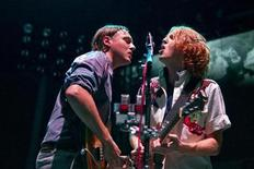 <p>Guitarist Richard Parry (R) and singer Win Butler of Canadian band Arcade Fire perform at Madison Square Garden in New York August 4, 2010. REUTERS/Lucas Jackson</p>