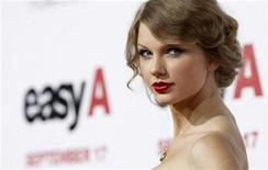 """<p>Music recording artist Taylor Swift poses at the premiere of """"Easy A"""" at the Grauman's Chinese theatre in Hollywood, California September 13, 2010. REUTERS/Mario Anzuoni</p>"""