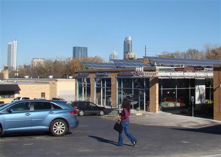 Texas, home to Big Oil, takes shine to solar power | Reuters com