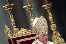 <p>Pope Benedict XVI leads the Christmas mass in Saint Peter's Basilica at the Vatican December 24, 2010. REUTERS/Max Rossi</p>