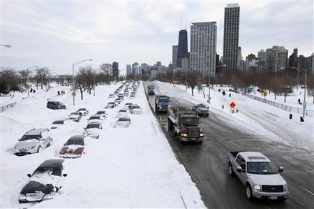 Hardy Chicago brought to standstill by blizzard