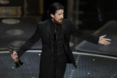 """<p>British actor Christian Bale accepts the Oscar for best supporting actor for his role in """"The Fighter"""" during the 83rd Academy Awards in Hollywood, California, February 27, 2011. REUTERS/Gary Hershorn</p>"""