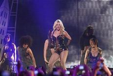"""<p>Singer Britney Spears performs on ABC's """"Good Morning America"""" at Bill Graham Civic Auditorium in San Francisco, March 27, 2011. REUTERS/Stephen Lam</p>"""