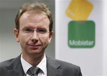 <p>Le directeur général de Mobistar, Benoit Scheen. Le deuxième opérateur mobile belge, filiale de France Télécom, a vu son bénéfice diminuer plus que prévu au premier trimestre (à 125,2 millions d'euros contre 131 millions attendus), un plafonnement réglementaire de la tarification ayant plus que compensé l'accroissement du nombre d'abonnés. /Photo prise le 9 février 2011/REUTERS/François Lenoir</p>