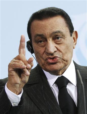 Egyptian President Hosni Mubarak speaks during a news conference in Berlin in this March 4, 2010 file photo. REUTERS/Thomas Peter/Files