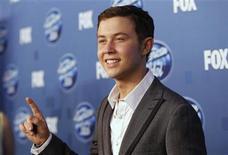 """<p>Foto de archivo de Scotty McCreery, ganador de la décima temporada de """"American Idol"""", posando en Los Angeles. Mayo 25, 2011. REUTERS/Mario Anzuoni</p>"""