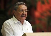 <p>Cuba's President Raul Castro addresses the audience during the closing ceremony of Cuban communist congress in Havana April 19, 2011. REUTERS/Enrique De La Osa</p>