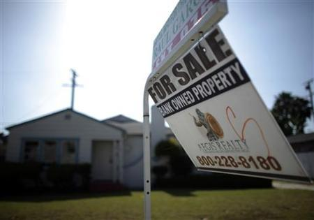 A foreclosed home for sale in Santa Ana, California, May 24, 2011. REUTERS/Lucy Nicholson