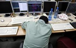<p>A broker reacts while trading at a stock brokerage firm in Mumbai February 11, 2008. REUTERS/Arko Datta</p>