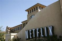<p>A sign is shown at the headquarters of Netflix in Los Gatos, California September 20, 2011. REUTERS/Robert Galbraith</p>