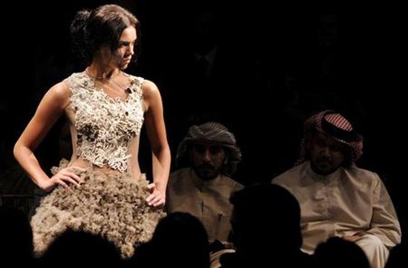 Out Of Public Eye Arab Women Power Haute Couture Reuters