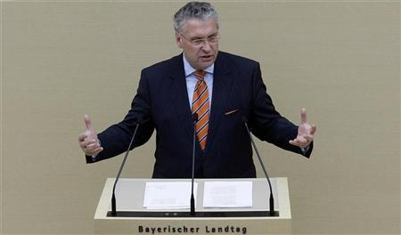 Bavarian Interior Minister Joachim Herrmann gives a government policy statement at the Bavarian state parliament about the attack on regional police chief Alois Mannichl in Munich December 16, 2008. REUTERS/Michael Dalder