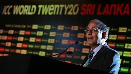 International Cricket Council (ICC) Chief Executive, Haroon Lorgat speaks during the ICC World Twenty 20 World Cup 2012 launch in Colombo September 21 ,2011. REUTERS/Dinuka Liyanawatte